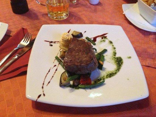 Erlebnishotel Sonnenhof: Filetto di manzo