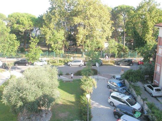 Hotel Villa Augusta : Vista dal balcone della camera