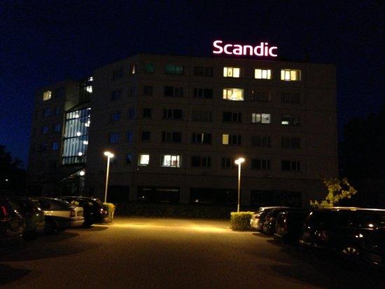 Scandic Aarhus Vest : Scandic by night