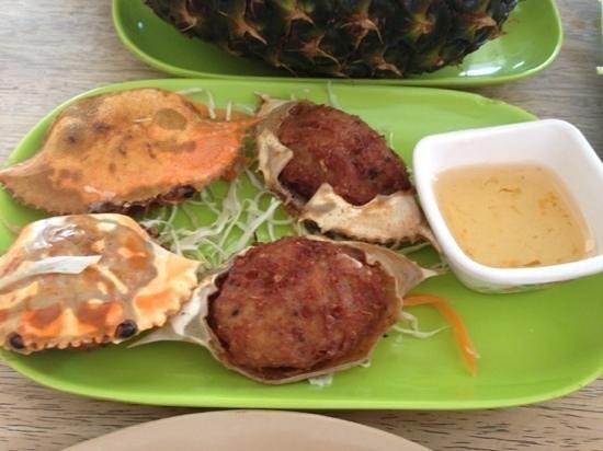 Krua Thai: gorgeuos crab mix pork appetizer!