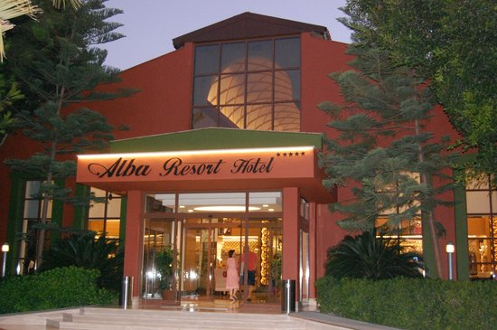 Alba Resort Hotel: Treten Sie bitte ein ....