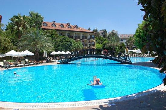 Alba Resort Hotel: Ruhe-pool
