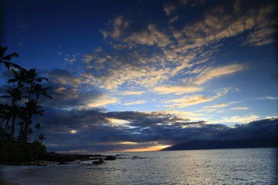 Napili Kai Beach Resort: Another beautiful sunset - tunliweb.no