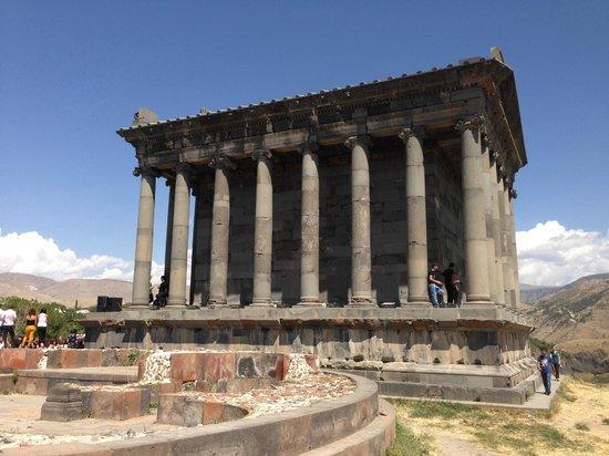 Three Jugs : Pagan Temple