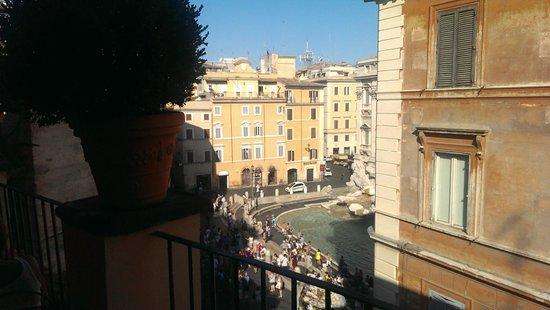 Relais Fontana Di Trevi: Terrasse