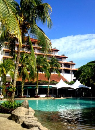 Sabah Hotel Sandakan: Poolside