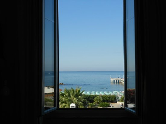 Hotel Tirreno: Panorama lato mare