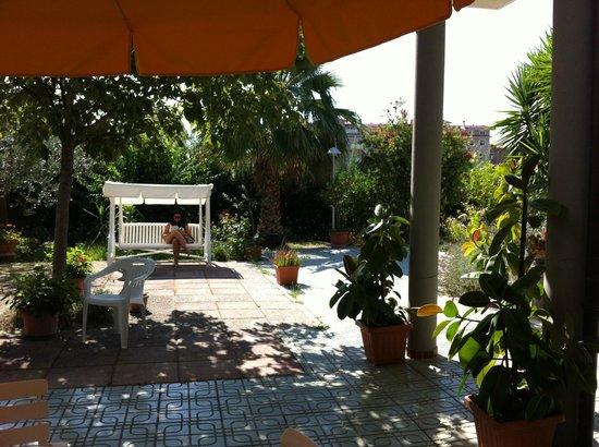 Hotel Sporting: giardino