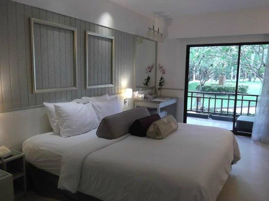 Katathani Phuket Beach Resort: Our room