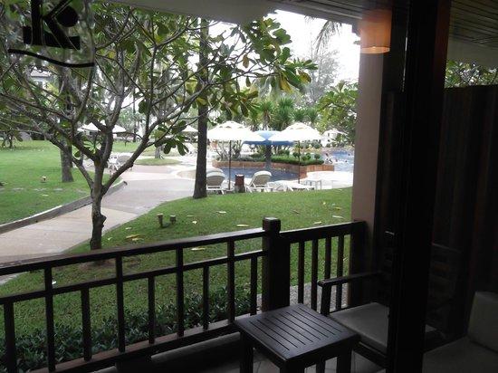 Katathani Phuket Beach Resort: From our roon