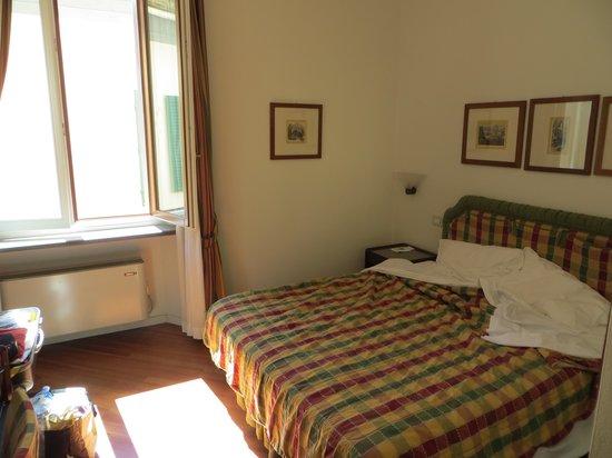Hotel Italia: Chambre