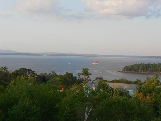 Atlantic Eyrie Lodge: View from room of harbor