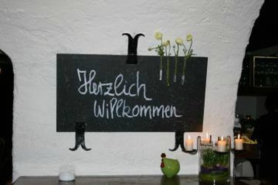 Badener Weinkeller anno 1865: Herzlich Willkommen