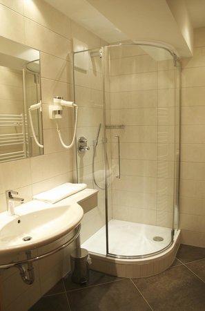 Landhaus und Residenz zur Hackenschmiede: Bad in der **** Residenz