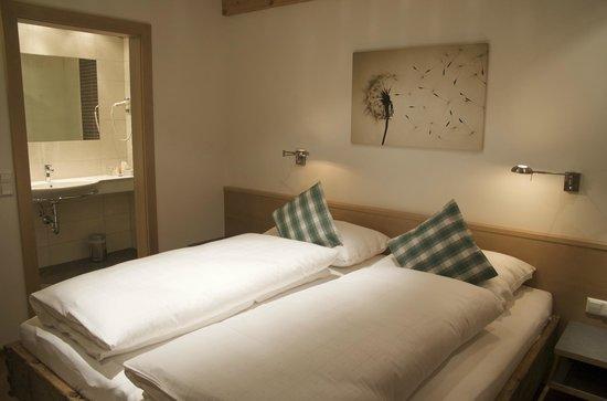 Landhaus und Residenz zur Hackenschmiede: Zimmer in der **** Residenz