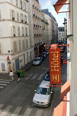 Hotel Beaugency: Room 205