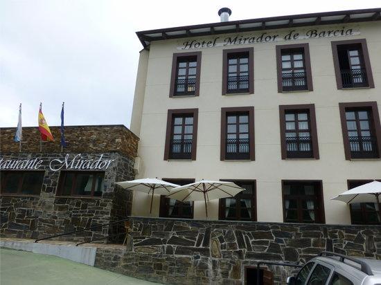Hotel Mirador de Barcia: Fachada exterior