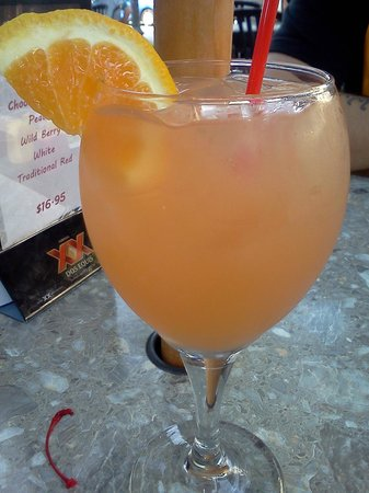 Geppetto's Grilled Pizzeria: White Sangria