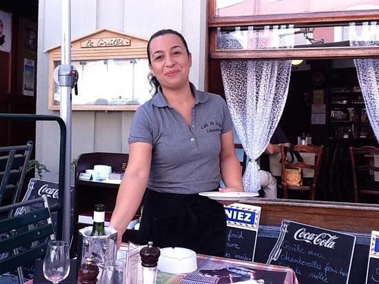 Cafe du Grutli : Add a caption