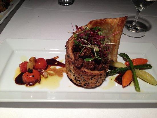 Arnguli Grill & Restaurant: Venison pie