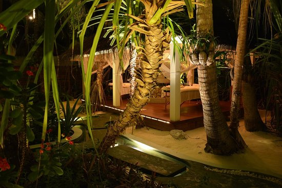 Anantara Kihavah Maldives Villas: Private Spa in Residence Villa