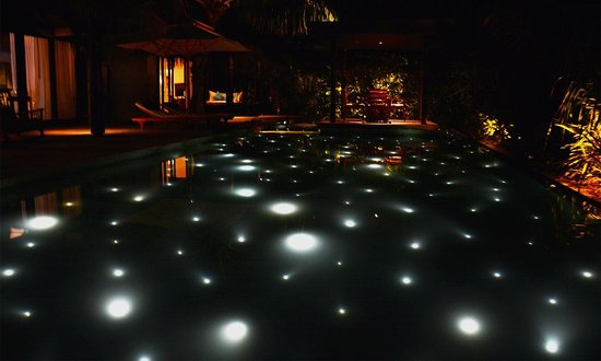 Anantara Kihavah Maldives Villas: Residence Pool @ Night