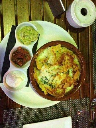 bar 8 Grill : nachos