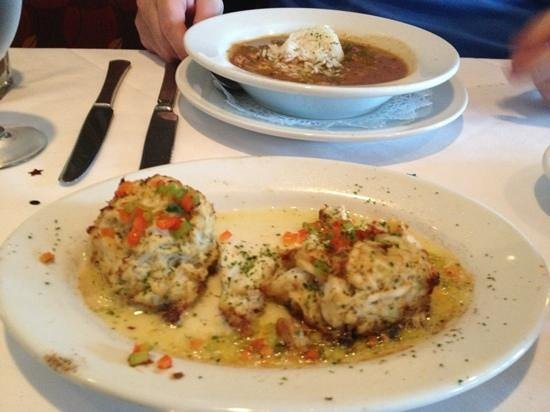 Ruth's Chris Steak House: crab cakes and chicken gumbo soup