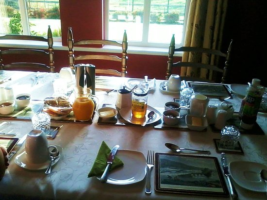 Keeragh Lodge Bed & Breakfast: La colazione...