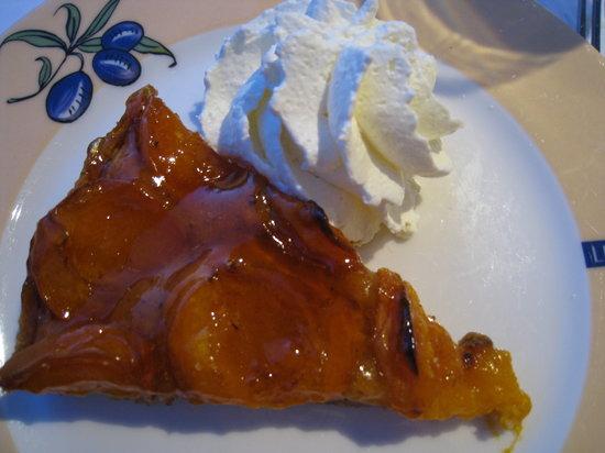 Brasserie Le Sud: デザート アップルパイ