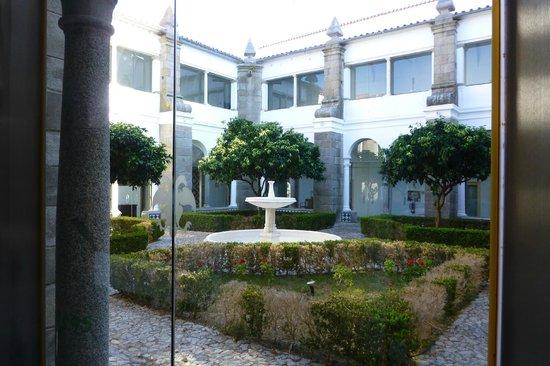 Pousada Convento Arraiolos: Chiostro interno