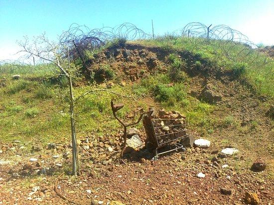 Mount Bental : Metal sculptures