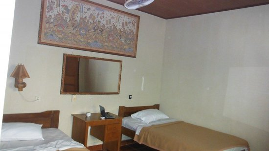 Paradise Palm Beach Bungalows : deluxe room A-2