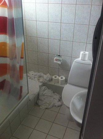 Guesthouse Keflavik: salle de bain