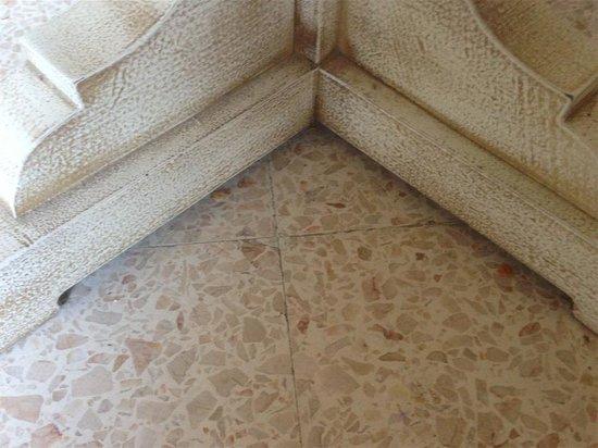 Apartamentos Piza: Sucio y poco higiénico