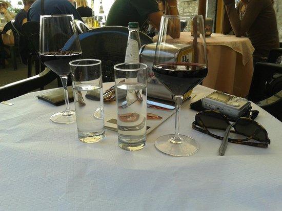 Bar Jolly Gubbio: in attesa della crescia eugubina :)