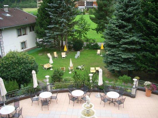 Hotel Rita: vue sur le jardin