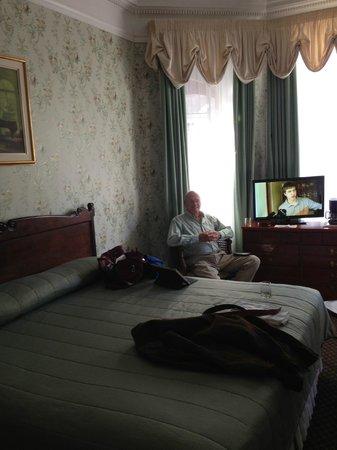 Le Chateau de Pierre: Room