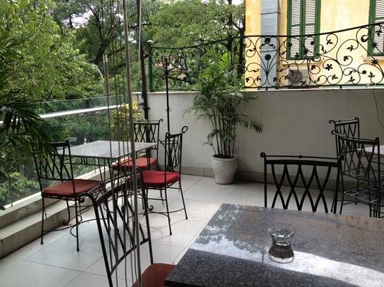 Prestige Hotel: breakfast floor terrasse