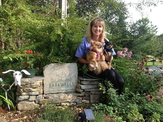 Barkwells, The Dog Lovers' Vacation Retreat: Me, Zoey & Ziggy @ Barkwells