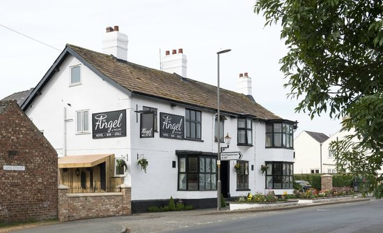 The Angel at Topcliffe - Bar & Grill
