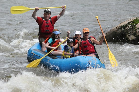 Dillsboro River Company: Rafting with the family