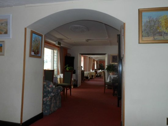 The Lordleaze Hotel: looking through to the diningroom