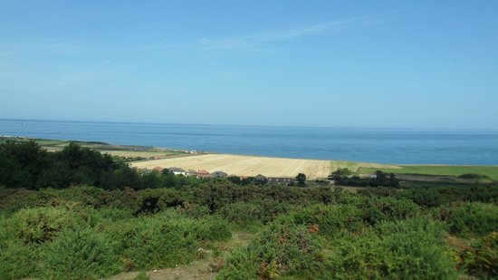 West Runton Camping and Caravanning Site: WALK TO WEST RUNTON