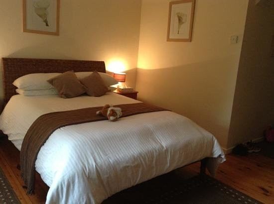 Shakespeare Inn: a very comfortable bed