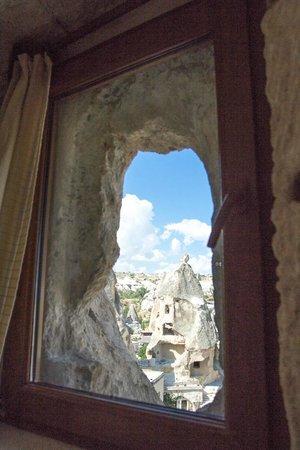 Arif Cave Hotel : Fairy Chimney Room Panorama