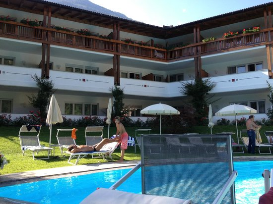 Hotel Saltauserhof: piscina 2