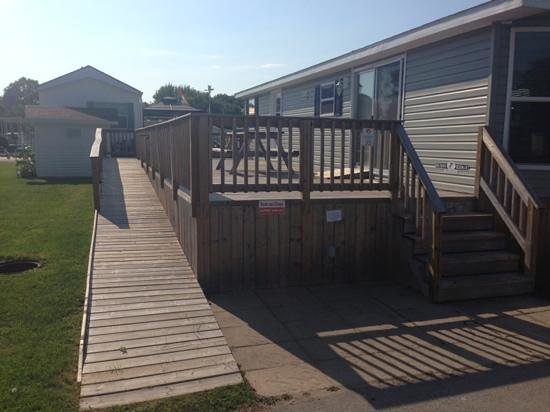 Sherkston Shores: Ramp and deck of accessible vacation home