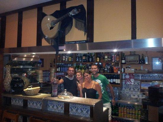 Restaurante Faca & Garfo: As friends...
