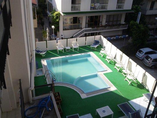Hotel Haiti: Haiti piscina